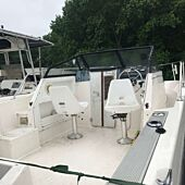 1998 Bayliner Trophy Walk Around - Complete Rig (5061)
