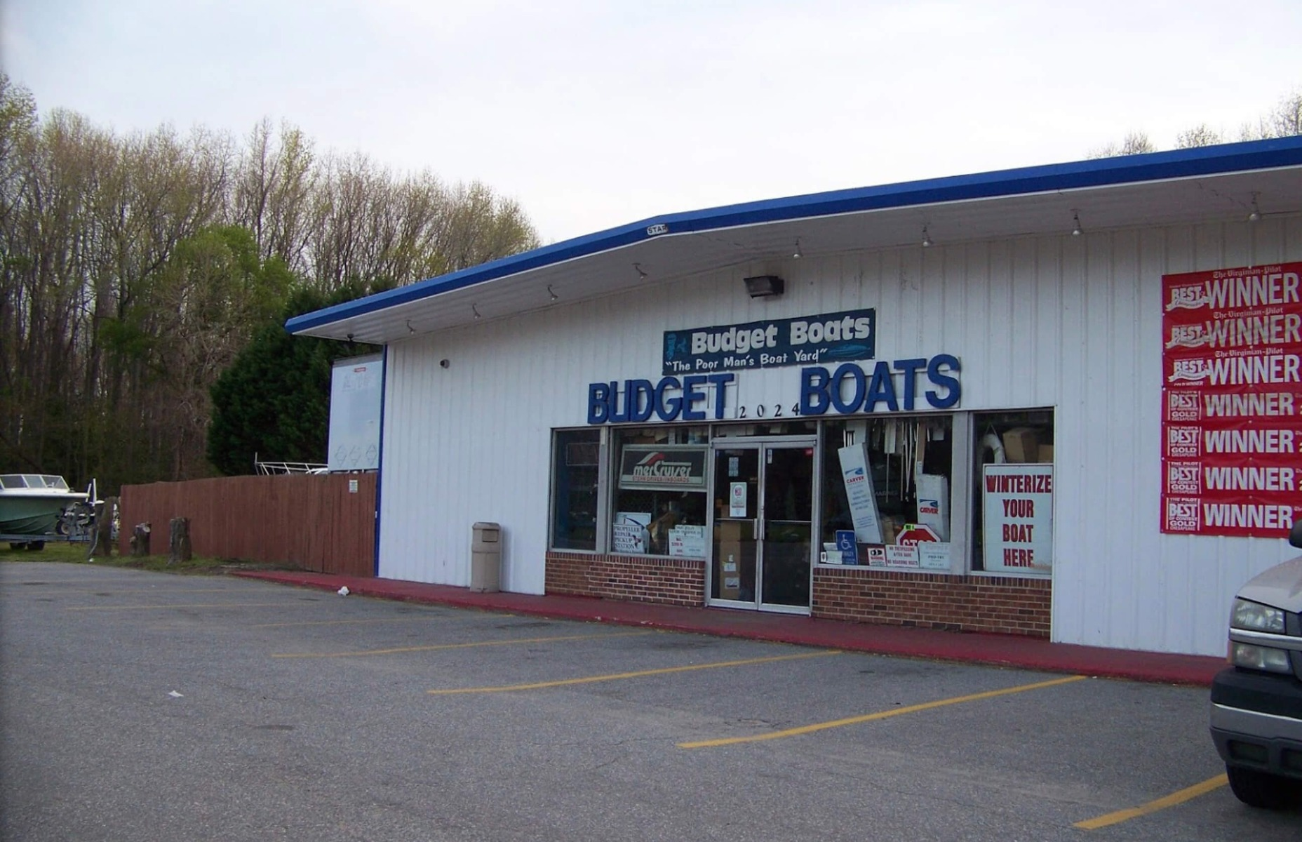 Budget Boats Front Building